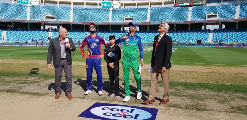 Karachi Kings win the toss and elect to bat first.