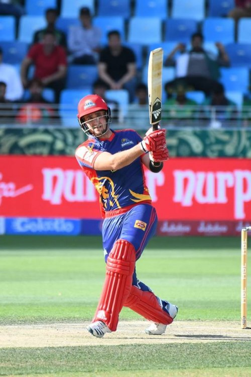 Six ✅ Fifty for Livingstone ✅ First 100+ opening stand for Kings in the #HBLPSL ✅