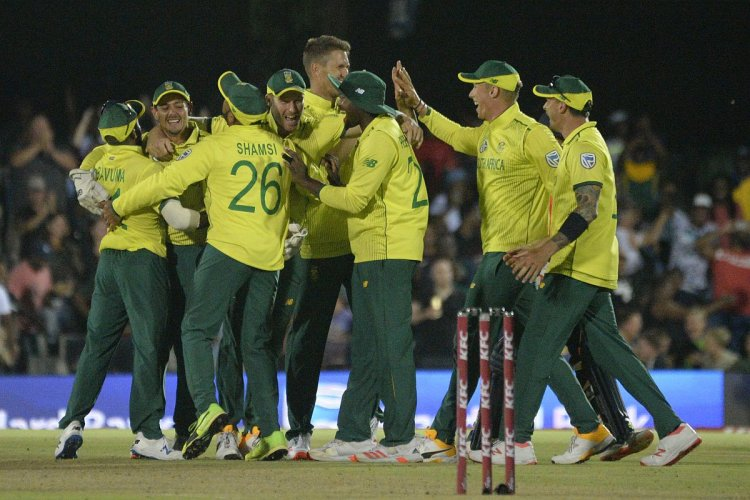 Ngidi stars as South Africa beat England by one run in T20I thriller